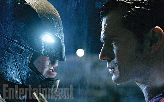 Batman v Superman: Dawn of Justice Cast and Crew Tease the Upcoming Face-Off