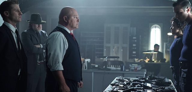 A first image of the Michael Chiklis Gotham debut has arrived! Check out The Shield star on the set of the FOX television series, returning September 21.