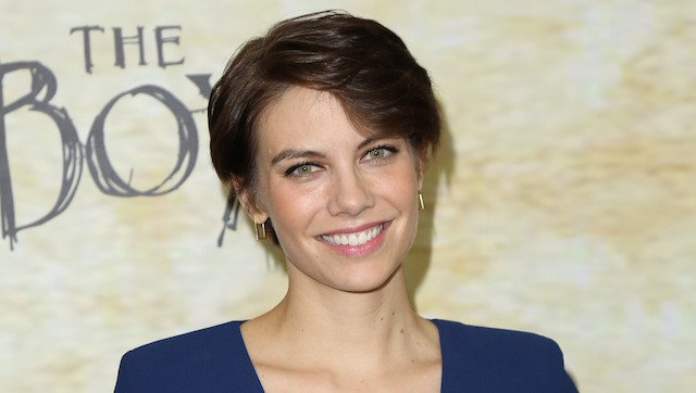 Lauren Cohan has joined the cast of Zack Snyder's Batman v Superman: Dawn of Justice. Plus, check out a new video spot for the March 25, 2016 release.