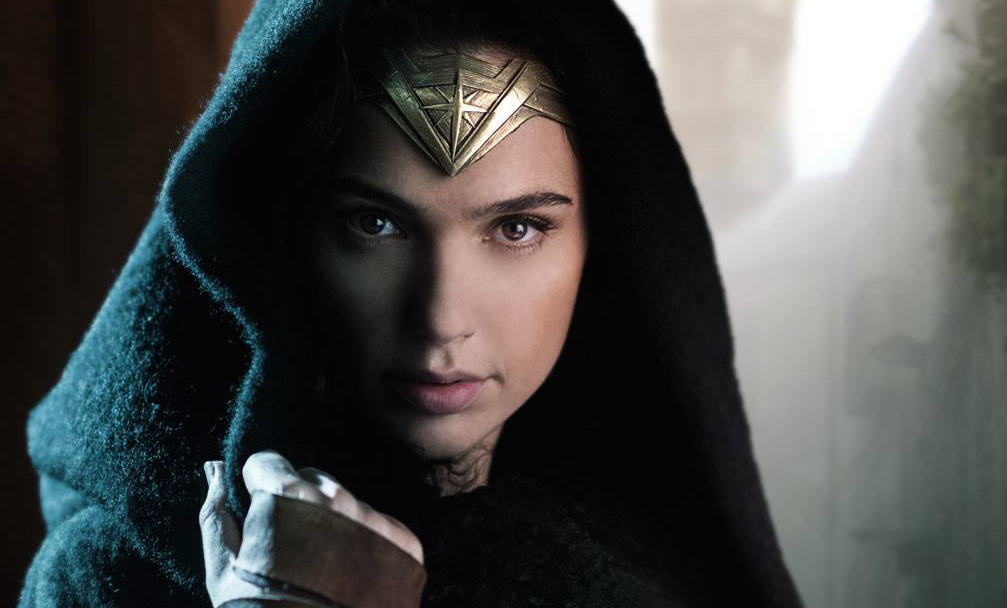 Warner Bros. Pictures gave viewers a first look at Wonder Woman footage during the DC Films Presents: Dawn of the Justice League special on The CW.