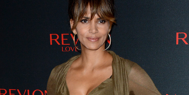 Academy Award winner Halle Berry is in talks to play the head of the CIA in 20th Century Fox's upcoming Kingsman: The Secret Service sequel.