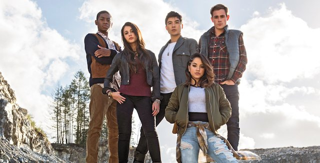 Lionsgate Films has just released the first group still of the Power Rangers cast. Meet the brand new Ranger team on the big screen March 24, 2017.