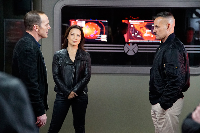 Agents of SHIELD Episode 312 Recap: Who is the Inside Man?