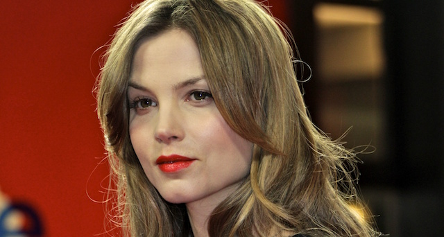 Alcon Entertainment announced today that Dutch actress Sylvia Hoeks has been tapped for a leading role in Denis Villeneuve's upcoming Blade Runner sequel.