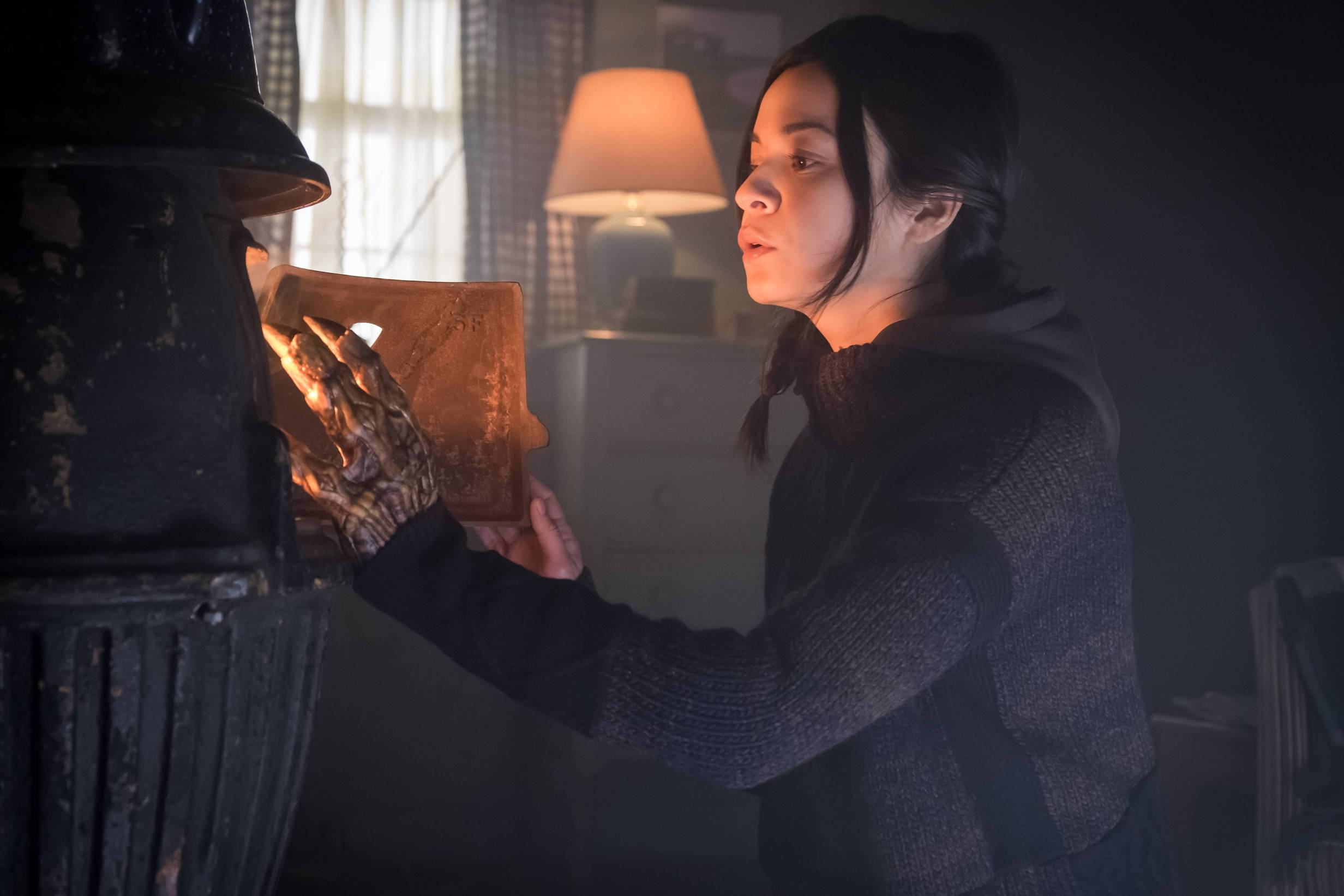 GOTHAM: Guest star Julia Taylor Ross in the