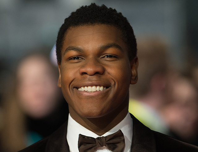 John Boyega Gets in a Jaeger for Pacific Rim 2!