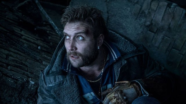 Suicide Squad star Jai Courtney wants to clear up reports that he got high on psychedelics as a form of Method acting for his Captain Boomerang character.