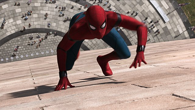 Spidey Gets a New Suit in New Spider-Man: Farm From Home Set Video