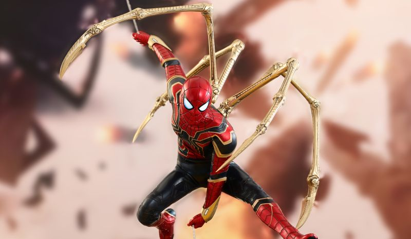 Iron Spider Hot Toy From Infinity War Revealed