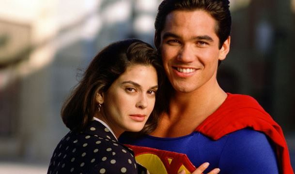 Dean Cain and Teri Hatcher Campaign for Lois & Clark Revival at NYCC