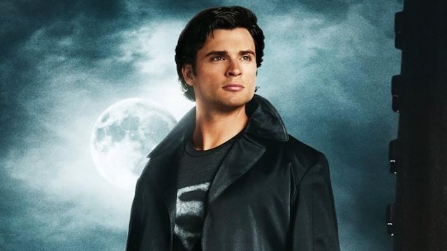 Tom Welling Set To Reprise Smallville Superman Role in Arrowverse Crossover