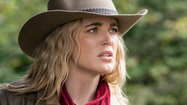 Sara Leads the Way in DC's Legends of Tomorrow Episode 5.06 Photos