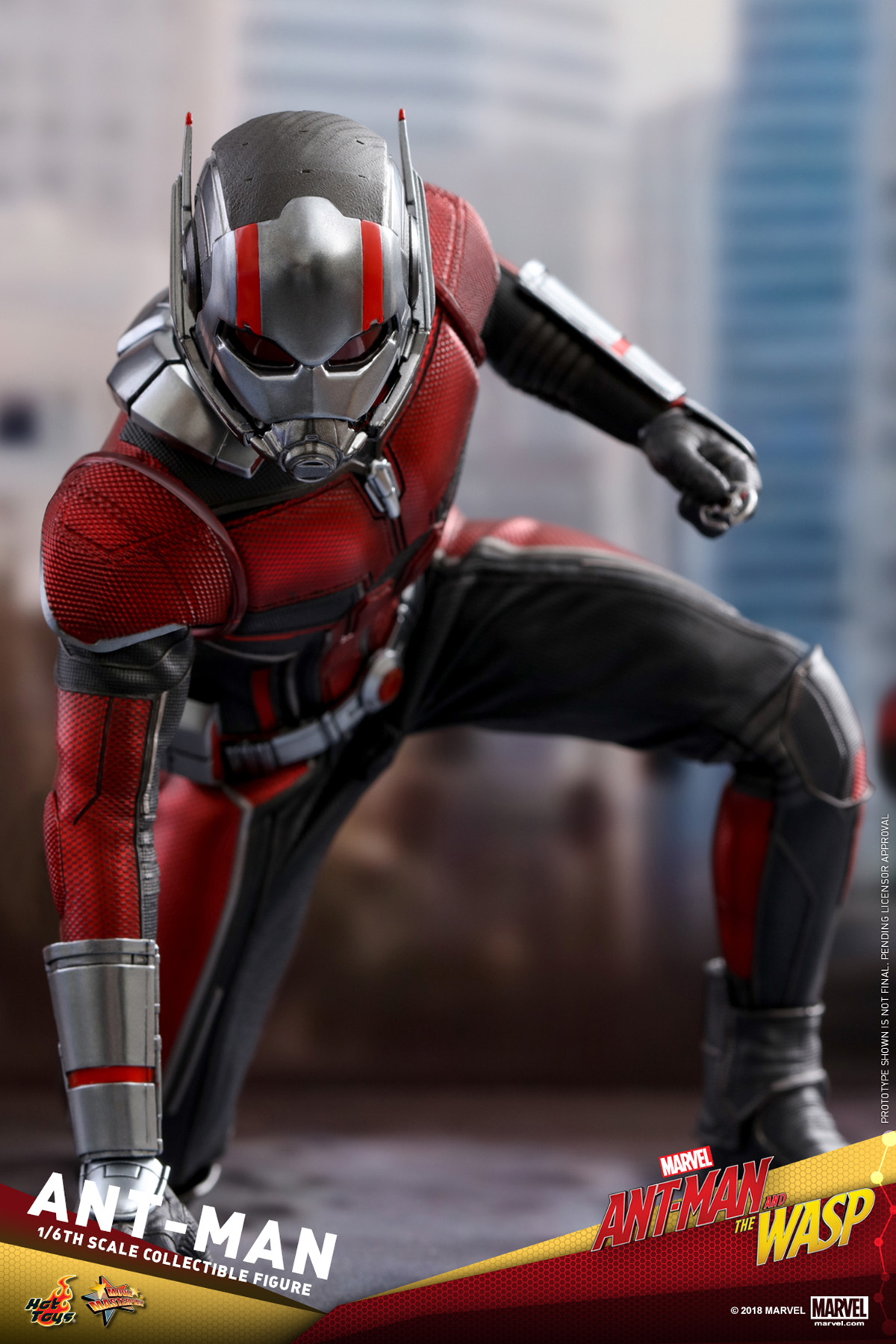 hot-toys-ant-man-and-the-wasp-ant-man-collectible-figure_pr1