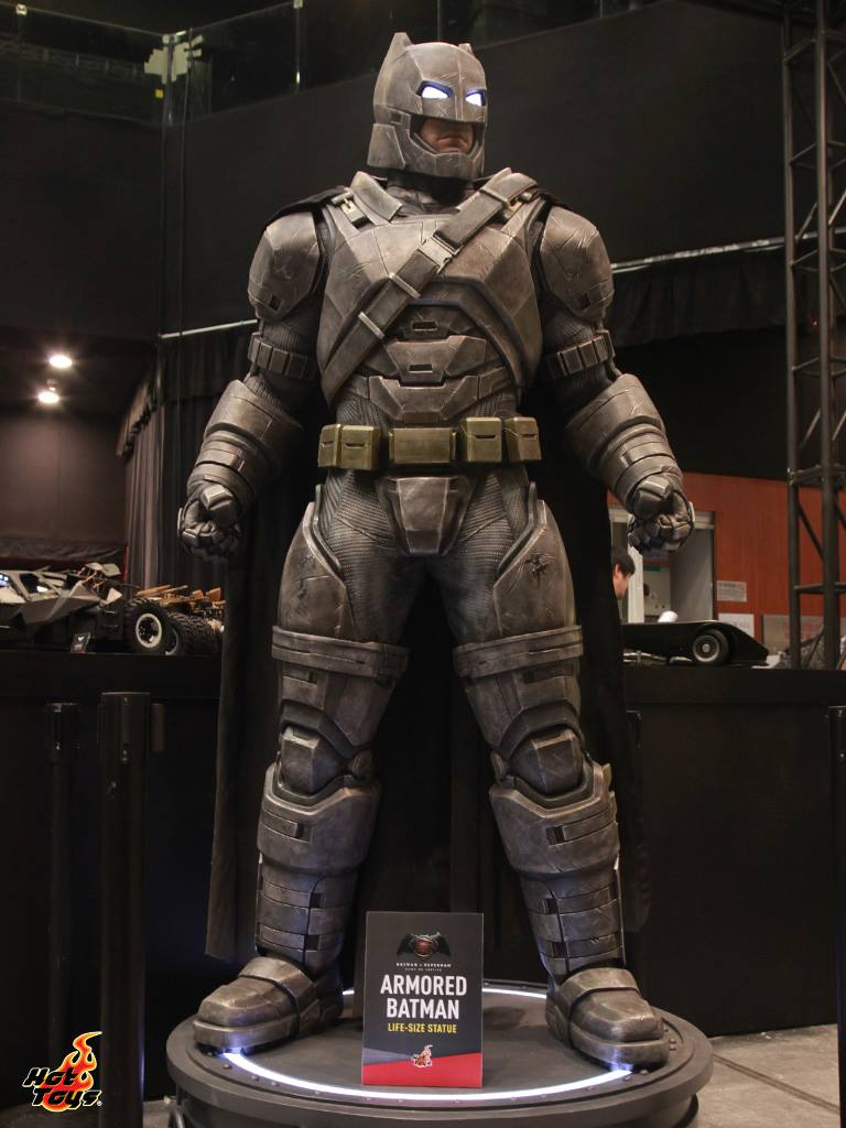 Batman v Superman Hot Toys