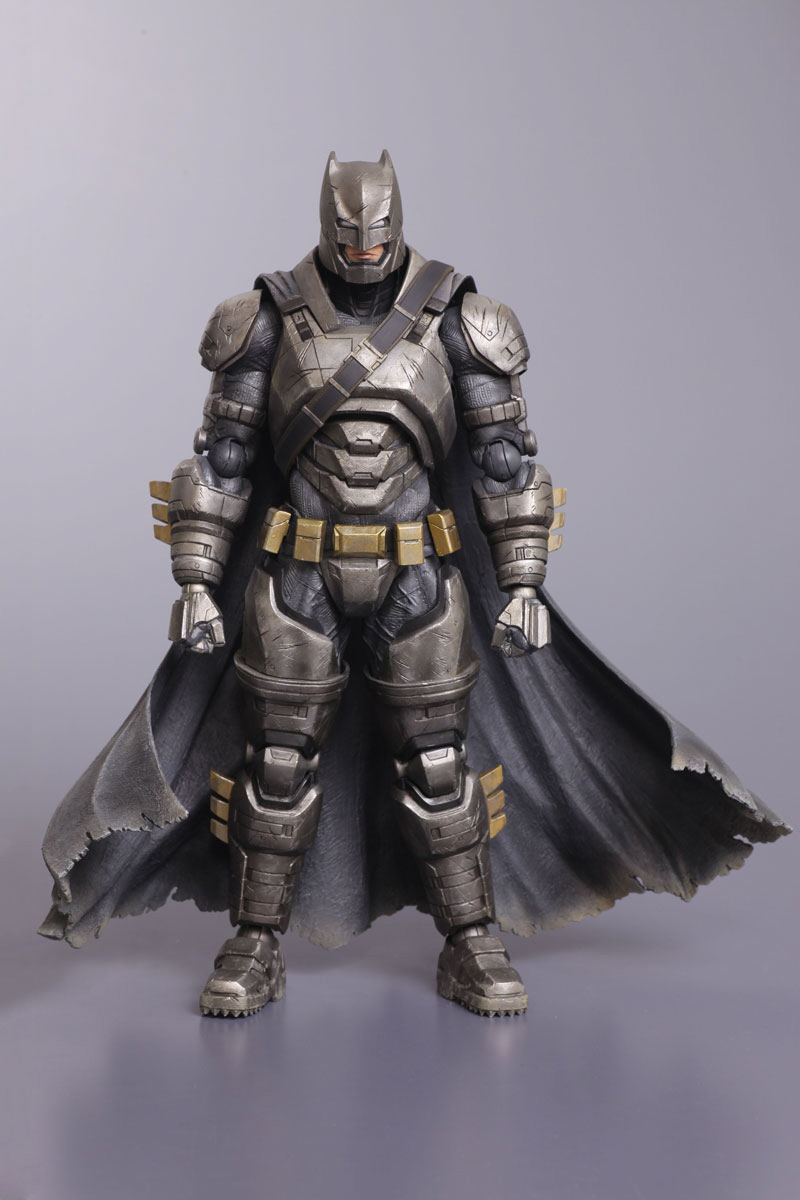 squareenix-armored-batman-figure-hi-res