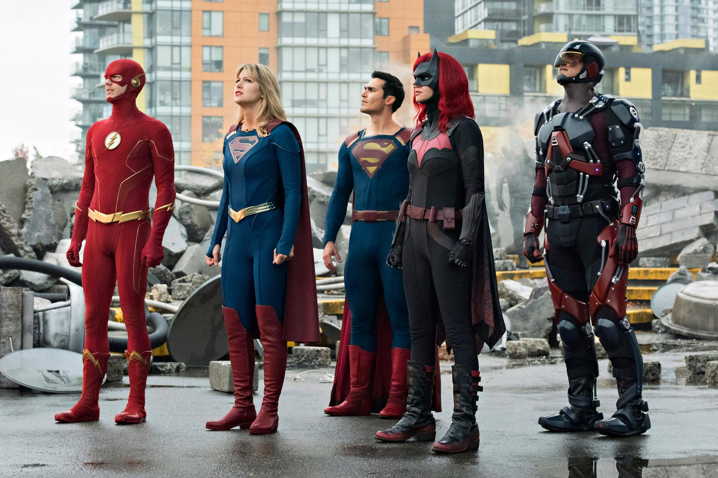 The Flash, Supergirl, Superman, Batwoman, & The Atom