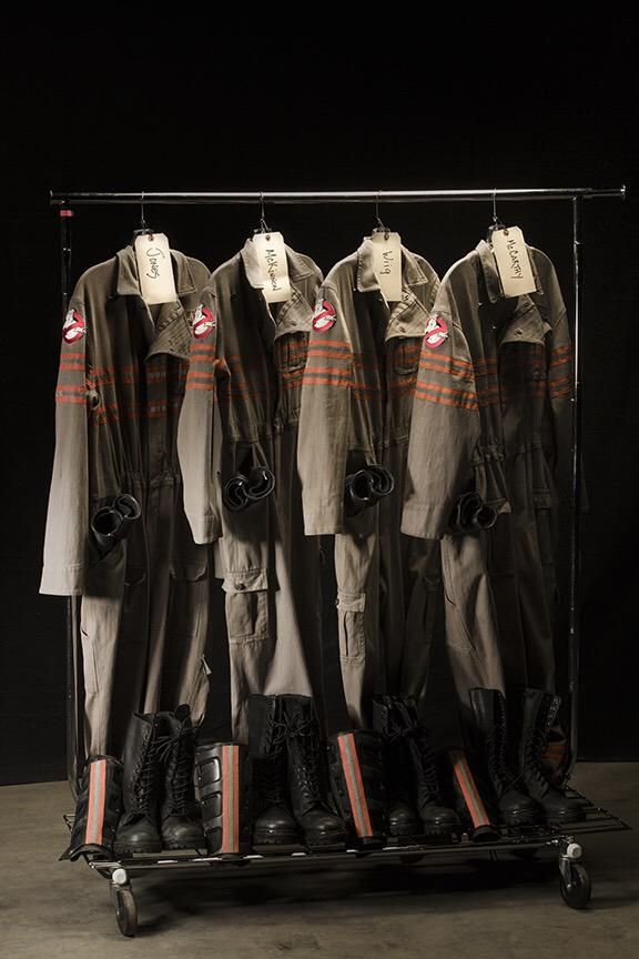 Ghostbusters (2016) uniforms