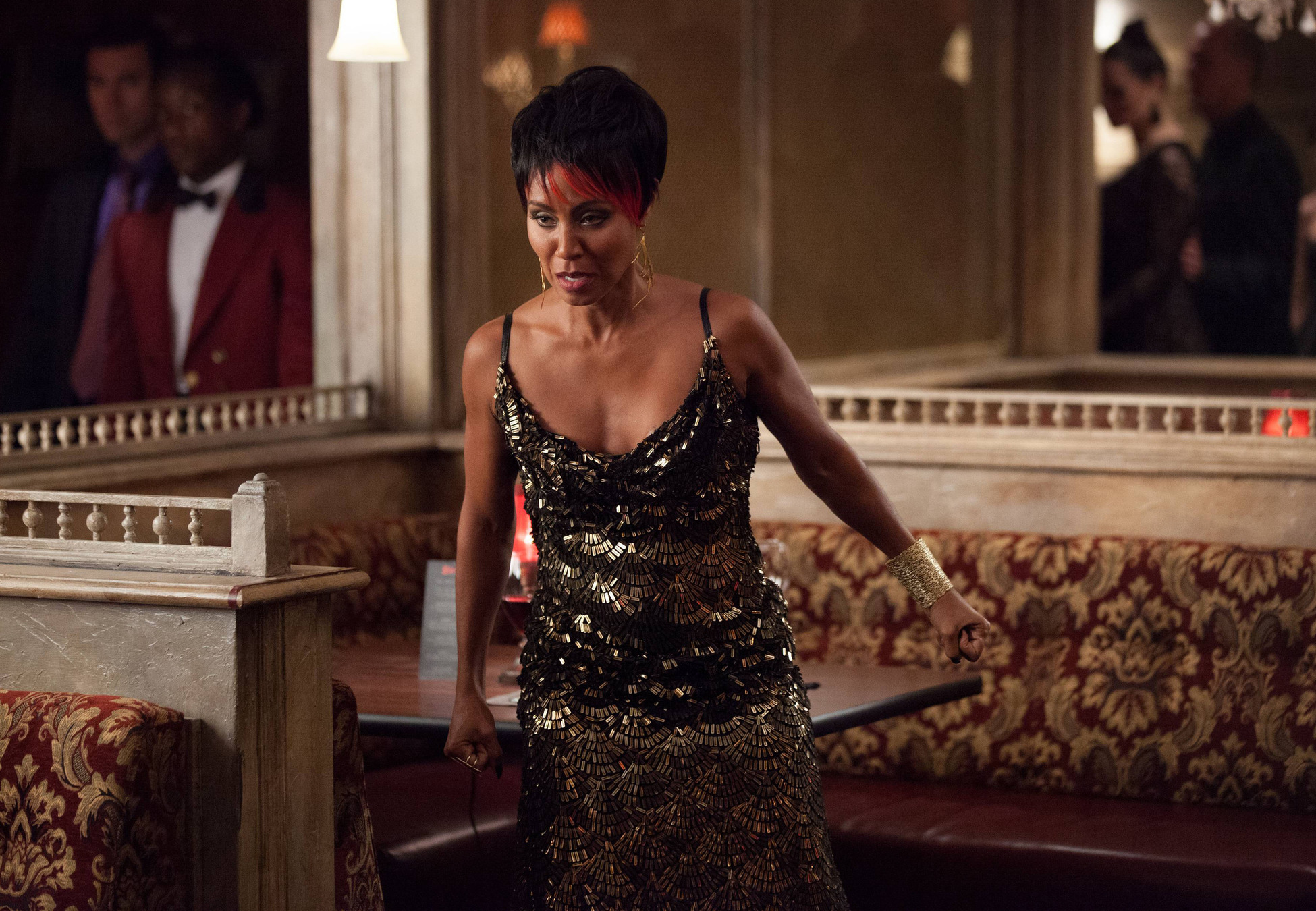 """GOTHAM: Fish Mooney (Jada Pinkett Smith) orders everyone to leave her club in the """"Selina Kyle"""" episode of GOTHAM airing Monday, Sept. 29 (8:00-9:00 PM ET/PT) on FOX. ©2014 Fox Broadcasting Co. Cr: Jessica Miglio/FOX"""