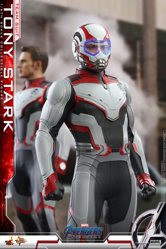 Avengers: Endgame- 1:6 Tony Stark (Team Suit) Collectible Figure