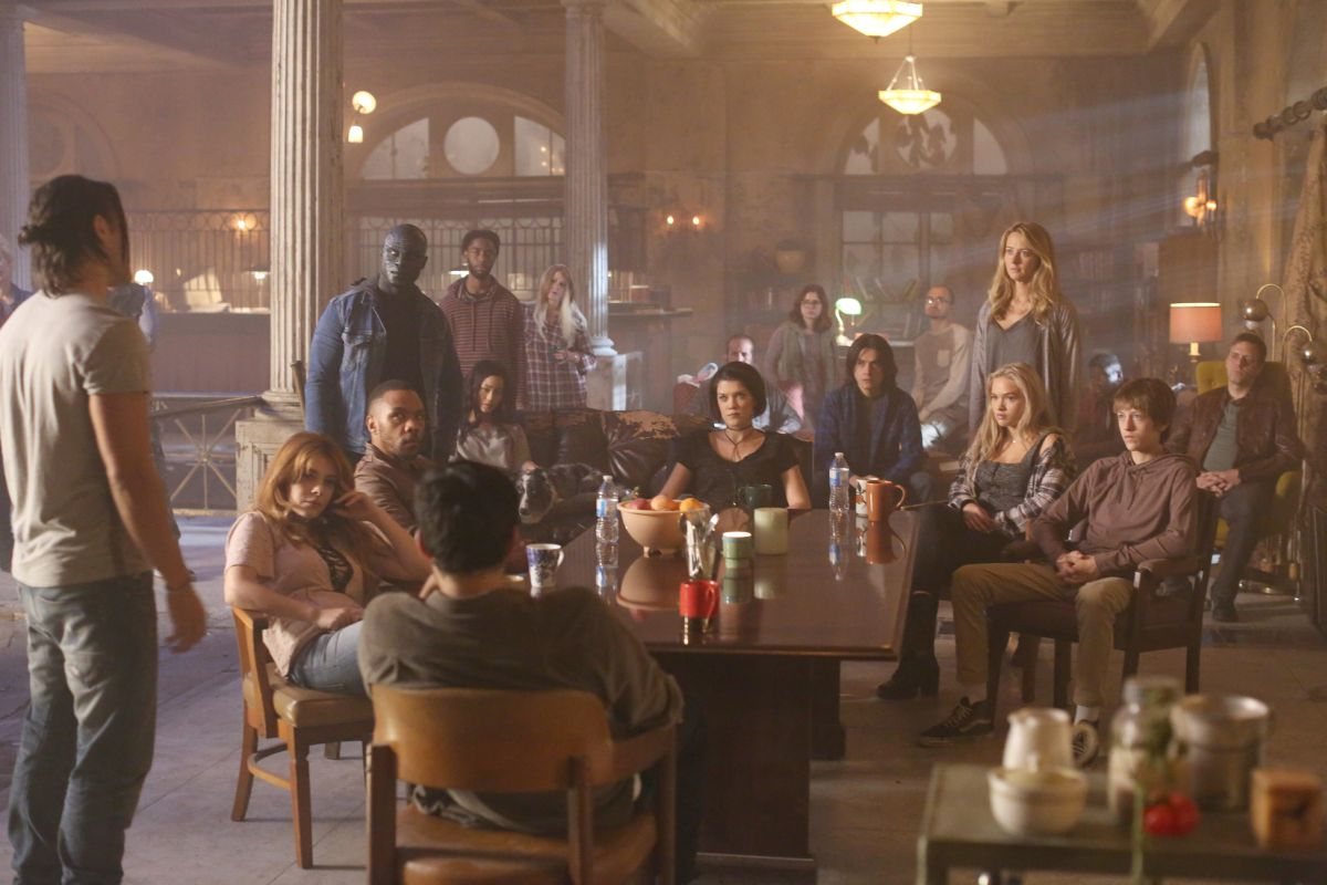 The Gifted 1.04
